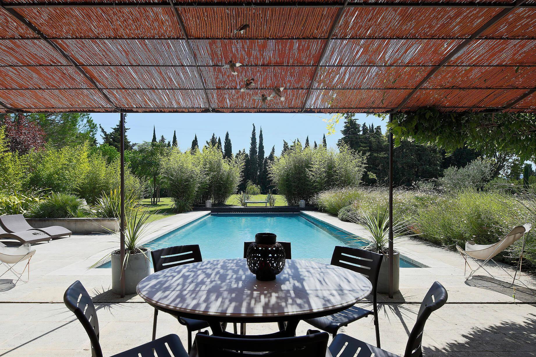 Location villa de luxe mas des jardins st r my de for Entretien jardin st remy de provence
